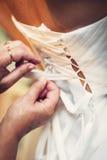 Vestido de casamento amarrado imagens de stock royalty free