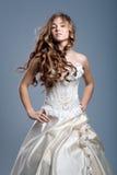 Vestido de casamento no modelo de forma Fotografia de Stock Royalty Free
