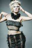 Vestido desgastando novo do desenhador do modelo de forma. fotografia de stock royalty free