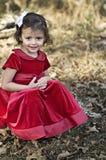 Vestido en rojo al aire libre imagen de archivo libre de regalías