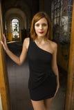 Vestido negro corto imagen de archivo libre de regalías