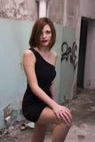Vestido negro corto foto de archivo libre de regalías