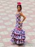 Vestido rosado del flamenco con los lunares fotos de archivo