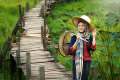 Vestido tradicional da mulher asiática Fotos de Stock