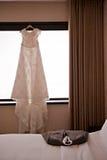 Vestido y habitación de boda Foto de archivo libre de regalías