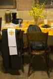 Vestiduras del sacerdote en pascua Fotografía de archivo