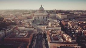 Vestigend antenne van de Stad die van Vatikaan wordt geschoten stock footage