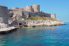 Vesting op overzeese kust Chateau d'If, Marseille, Frankrijk Royalty-vrije Stock Foto