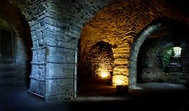 Vesting van kalksteen wordt gebouwd dat De oude Maasi-ruïnes van het steenkasteel stock fotografie