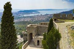Vesting van Klis buiten stad van Spleet in Dalmatië Kroatië Stock Fotografie