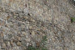 Vestingsmuur van grote stenen royalty-vrije stock afbeeldingen