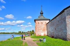 Vestingsmuur van klooster kirillo-Belozersky Stock Afbeelding