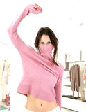 Vestirsi in su Fotografia Stock Libera da Diritti
