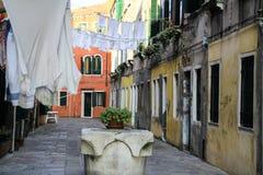 Vestiti che appendono a Venezia Fotografia Stock