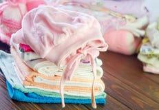Vestiti del bambino Immagini Stock Libere da Diritti