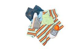 Vestiti del bambino sul bianco Fotografia Stock Libera da Diritti