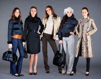 Vestiti della signora dell'accumulazione di inverno di autunno Fotografie Stock