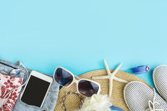 Vestiti delle donne di estate di modo messi con gli accessori Fotografie Stock