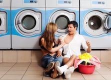Vestiti di lavaggio della lavanderia Fotografia Stock Libera da Diritti