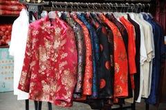 Vestiti di seta tradizionali cinesi Fotografia Stock