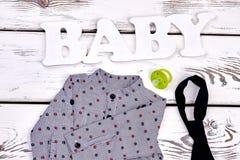 Vestiti moderni del boutique del neonato Fotografia Stock Libera da Diritti