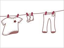 Vestiti rosa del bambino che appendono sulla corda da bucato illustrazione vettoriale