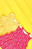 Vestiti senza maniche da estate della neonata Immagini Stock Libere da Diritti