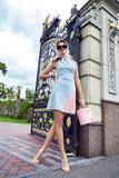 Vestiti sexy di stile di fascino del modello di moda della donna di bellezza Fotografie Stock Libere da Diritti