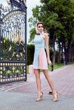 Vestiti sexy di stile di fascino del modello di moda della donna di bellezza Fotografia Stock Libera da Diritti
