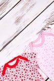 Vestiti svegli di estate della neonata Immagini Stock Libere da Diritti