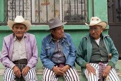 Vestiti tradizionali in Pasqua nel Guatemala immagini stock libere da diritti