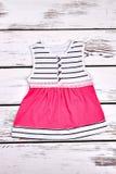Vestito d'avanguardia da estate della ragazza infantile Immagini Stock Libere da Diritti