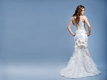 Vestito da cerimonia nuziale sul modello di modo Fotografia Stock Libera da Diritti