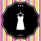 Vestito da sera, da prendisole, combinazione o camicia da notte sul gancio del guardaroba, la siluetta Voce di menu nel web desig Immagini Stock