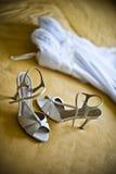 Vestito da sposa con le scarpe Fotografia Stock Libera da Diritti