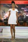 Vestito dalla sfilata di moda retro Immagine Stock