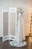 Vestito di lusso da nozze Fotografie Stock Libere da Diritti