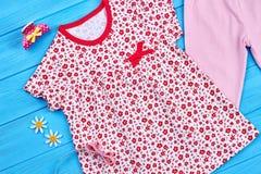 Vestito stampato cotone dalla neonata Immagine Stock Libera da Diritti