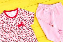 Vestito sveglio del cotone della bambina Fotografie Stock