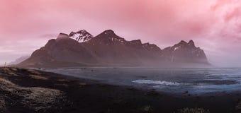 Vestrahorn góra w Iceland przy zmierzchem obraz royalty free