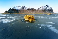 Vesturhorn山,冰岛 免版税库存图片
