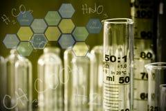 Vetenskap - graderade cilinders 2 Royaltyfri Fotografi