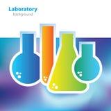 Vetenskap och forskning - färgrika laboratoriumflaskor - abstrakt bakgrund Arkivbilder