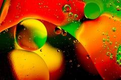 Vetenskaplig bild av cellmembranet Makro upp av vätskevikter Abstrakt molekylatomsctructure vatten för bubblor för bakgrundsbad b royaltyfri bild