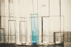 Vetenskapslabb med kemiskt tema Royaltyfri Foto
