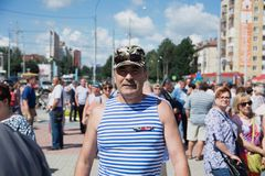 Veteran of airborne troops of Russia. Yoshkar-Ola, Russia - August 2, 2017 Veteran of airborne troops of Russia, during the solemn opening of the bust of the Stock Photography