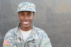 Veteranafrikansk amerikansoldat Smiling royaltyfria foton