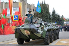 Veterano de operaciones militares en BTR-80 Pyatigorsk, Rusia Imagen de archivo