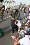 Veterano del Vietnam & un ragazzo con le aspirazioni militari Fotografia Stock Libera da Diritti