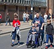 Veteranos da guerra mundial 2 que marcham em Liverpool, Reino Unido Fotografia de Stock Royalty Free
